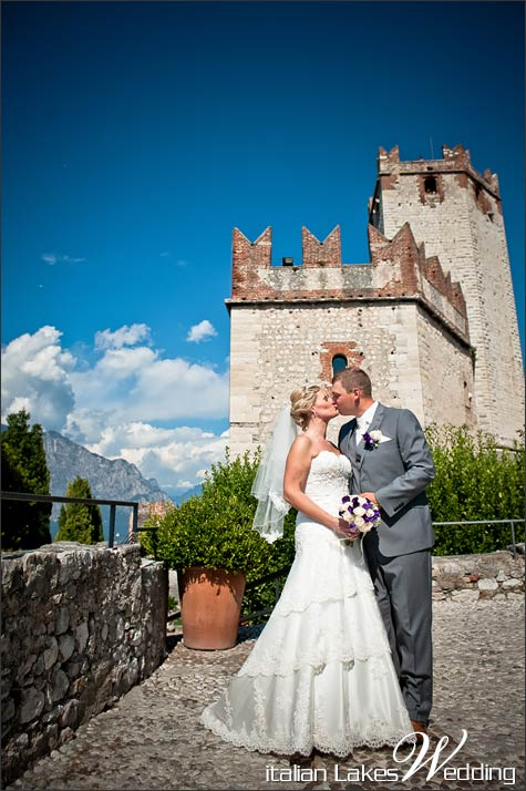 civil-wedding-Malcesine-castle