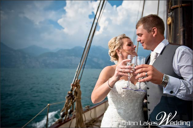 wedding-in-Malcesine-cruise-on-Lake-Garda
