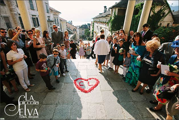 12_wedding-flowers-assunta-church-lake-orta