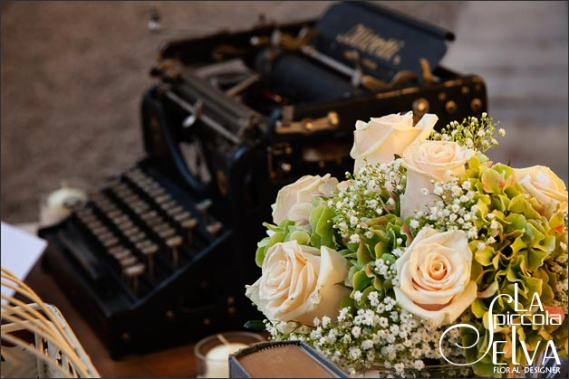 shabby-chic-wedding-guests-book