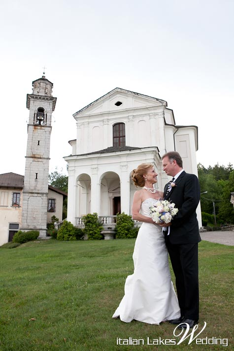 catholic-wedding-Madonna-del-Sasso-church-lake-orta