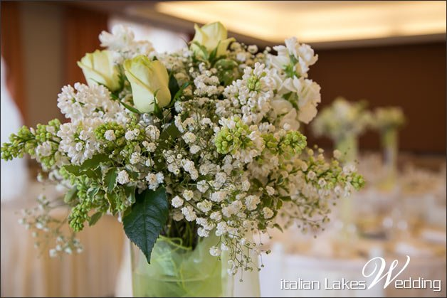 lilac-stock-wedding-centrepiece