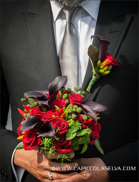 calla-lily-wedding-buttonhole