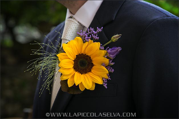 sunflowers-wedding-buttonhole
