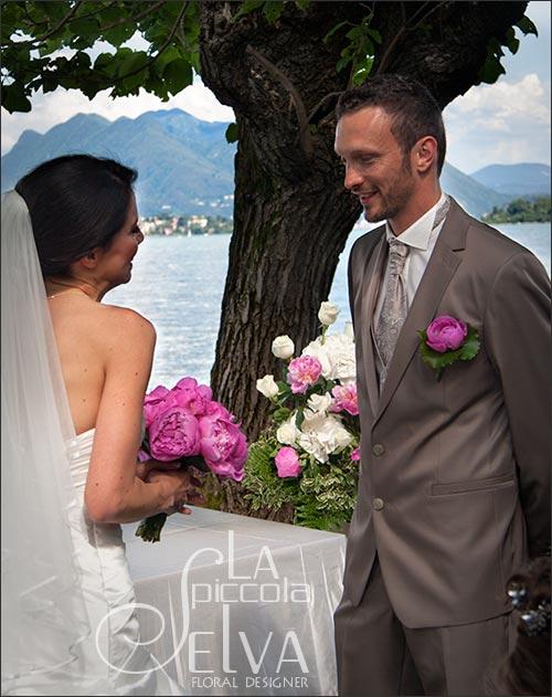 peony-wedding-buttonhole