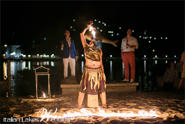 30_fire-eater-wedding-lake-Como