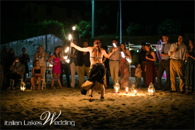 31_fire-eater-wedding-lake-Como