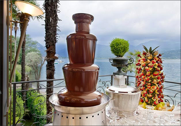 italian-wedding-chocolate-fountains