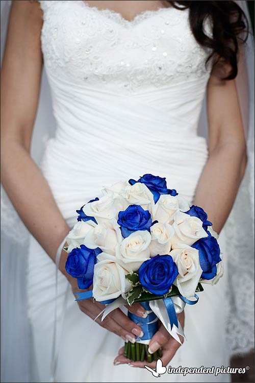 blue-wedding-flowers-in-Stresa
