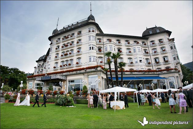 18_blue-wedding-flowers-in-Stresa