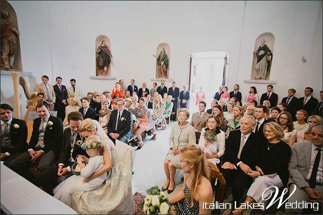 06_catholic-ceremony-church-Sacro-Monte-Ghiffa