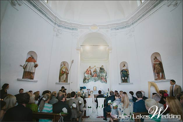 07_catholic-ceremony-church-Sacro-Monte-Ghiffa
