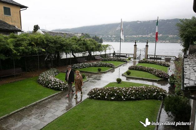 18_intimate-wedding-Lake-Orta