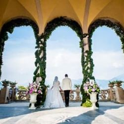 Beatriz and Matthias: a joyful and coloured wedding on Lake Como