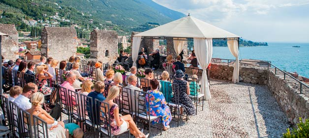 A Gorgeous Estonian Wedding on Lake Garda