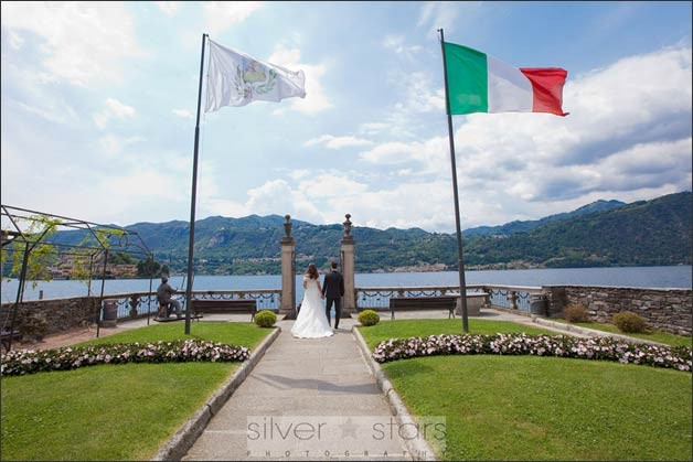 romantic-elope-lake-orta