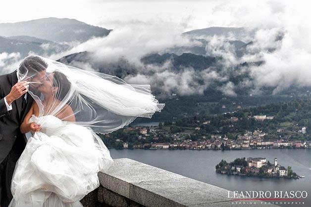 matrimonio-bacio-sposi-lago-orta-santuario-madonna-del-sasso-verbania