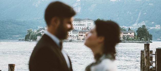 An intimate Rock and Roll Wedding on Lake Orta