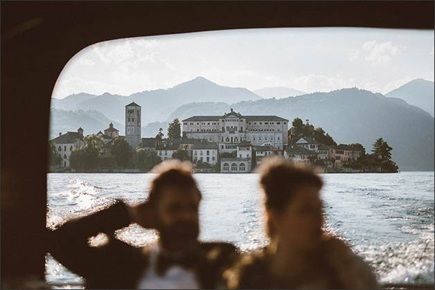 rock-wedding-lake-orta_18