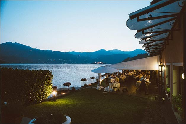 rock-wedding-lake-orta_26