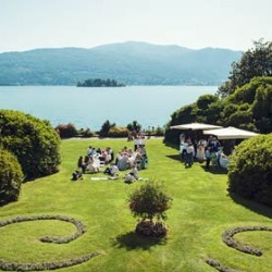 Lake Maggiore the charm of a garden style wedding at Villa Rusconi