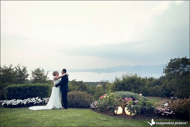 wedding-overlooking-lake-garda_01