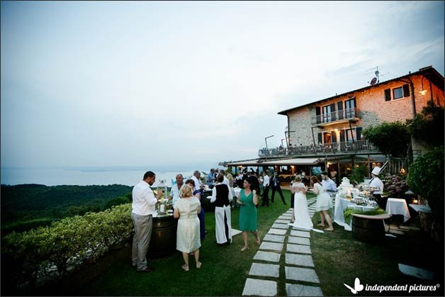 wedding-overlooking-lake-garda_04