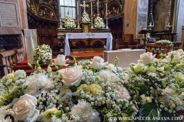 03_wedding-flowers-st-julius-island-lake-orta