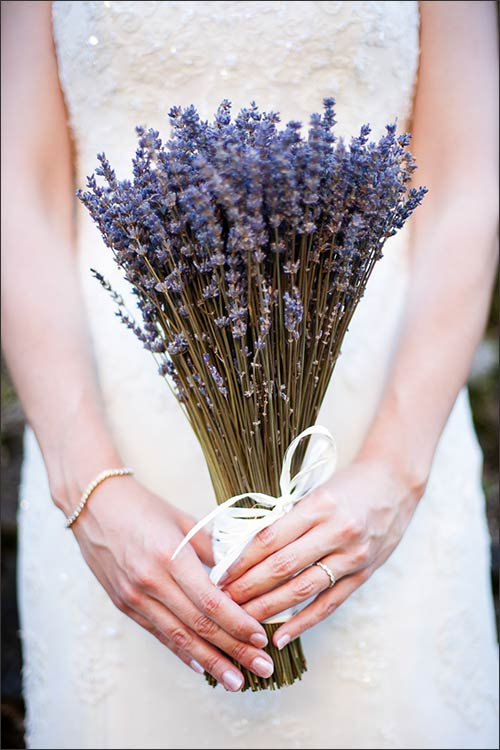 lavender-themed-wedding-italy