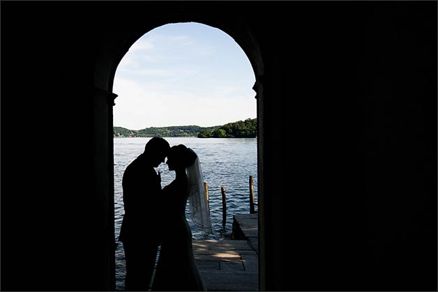 romantic-lake-orta-wedding-party_18