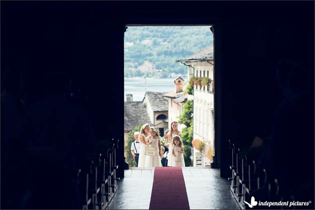 luci-sul-lago-beach-wedding-lake-orta_12