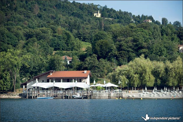 luci-sul-lago-beach-wedding-lake-orta_22