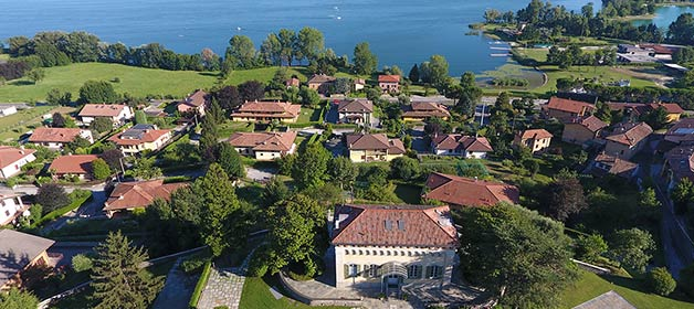 A perfect location to celebrate an intimate and cosy wedding on Lake Pusiano, close to Lake Como