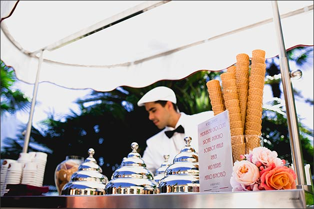 villa-balbianello-ice-cream-cart