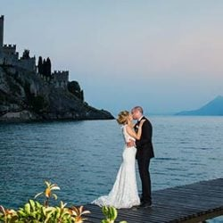 A sweet wedding in Malcesine Castle overlooking Lake Garda