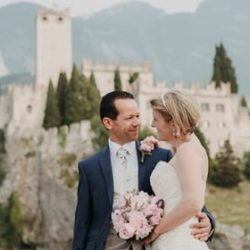 A sparkling wedding in Malcesine Castle
