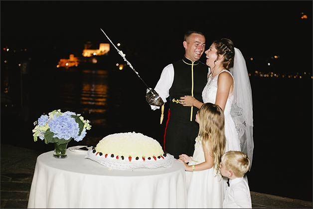 mimosa-wedding-cake-italy