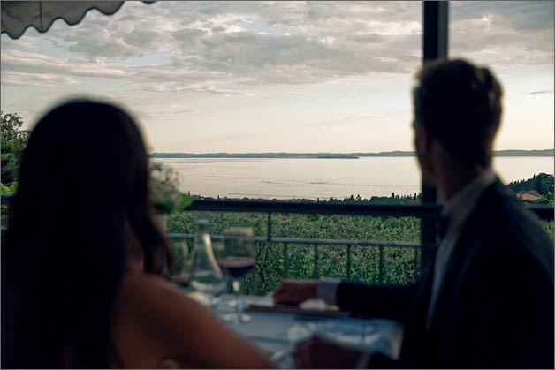 wedding_restaurant-overlooking-lake_garda
