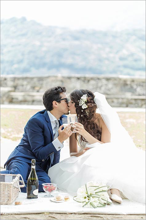 wedding-picnic-lake-orta-italy