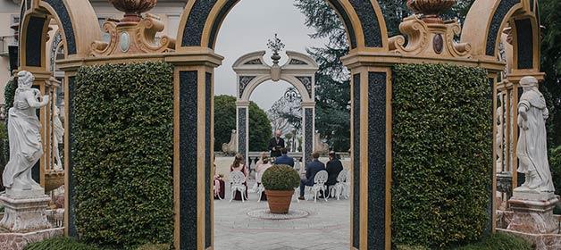 A Wedding Blessing at Grand Hotel Des Iles Borromées