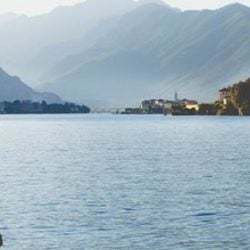 A stunning engagement photo session on Lake Maggiore