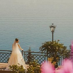 Autumn wedding on Lake Garda