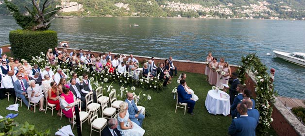 A romantic and joyful wedding on Lake Como shores