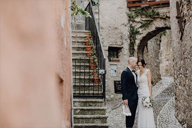Elope at Maslcesine Castle lake Garda