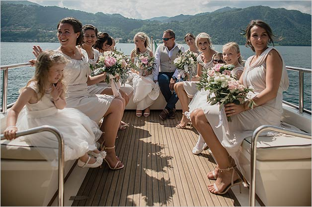 fun_destination_wedding_lake_orta
