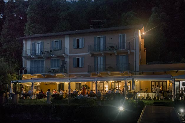 fun_wedding_reception_lake_orta