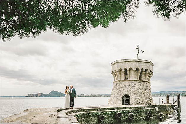 Wedding ceremony on Garda Island (Isola del Garda)
