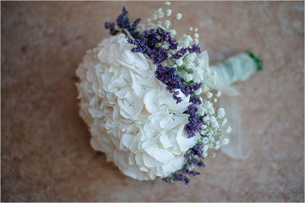 Lovely Sarah's bridal bouquet