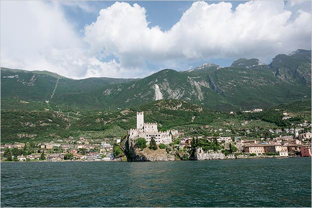 ancient sailing boat for an unforgettable cruise on Lake Garda