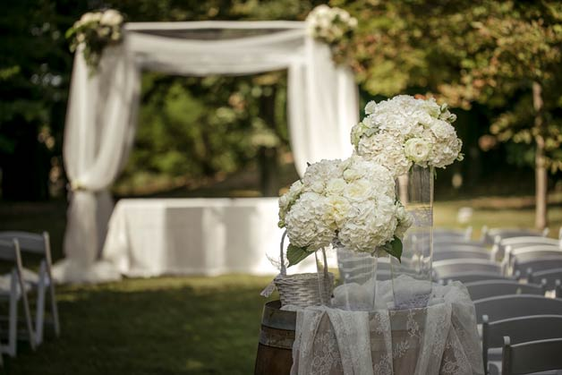 Hydrangea wedding floral decorations